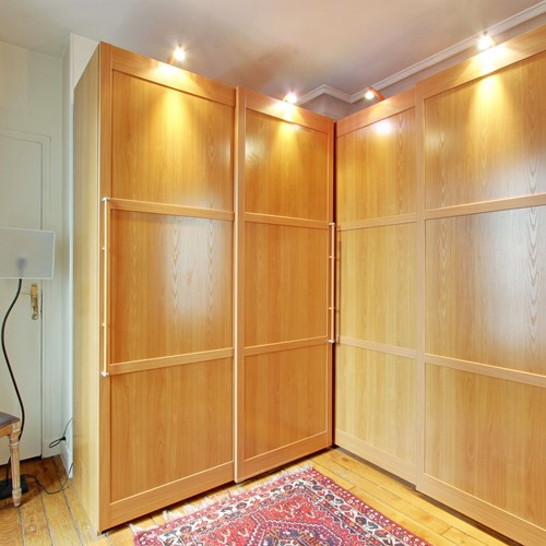 Walk In Closet en suite to Bedroom 1